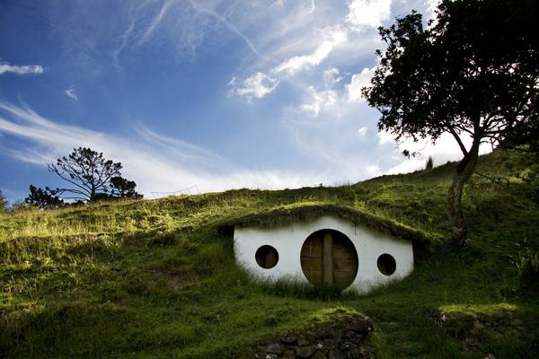 Hobbiton, Shire, New Zealand; credit: bartuchna@yahoo.pl / shutterstock.com