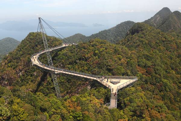 Suspension bridge at Langkawi Island Malaysia; credit:  jai8778 / shutterstock.com