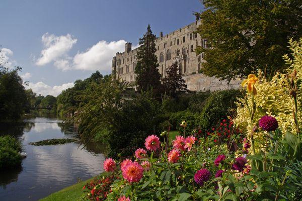 Warwick Castle; credit: shutterstock.com
