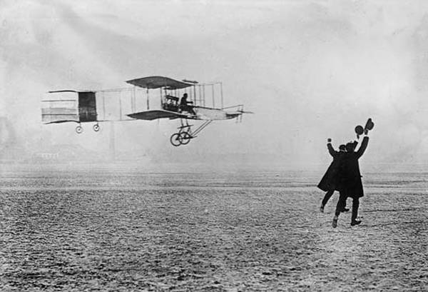 Famous first flight of the Wright Brothers. Credit: Public Domain via britannica.com