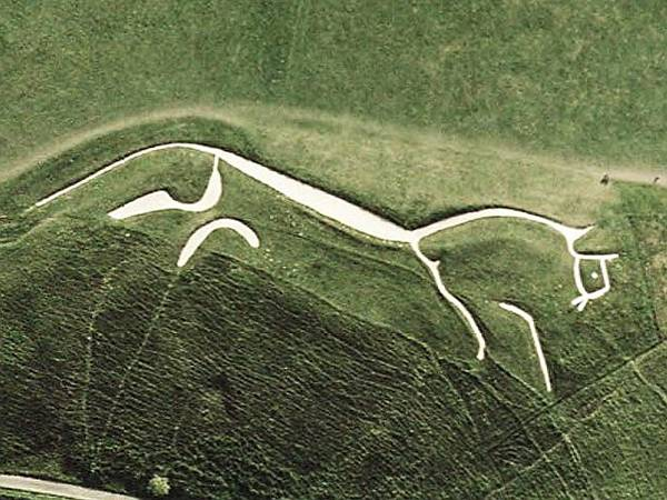 Uffington White Horse. Credit: Public Domain by USGS - World Wind (go)