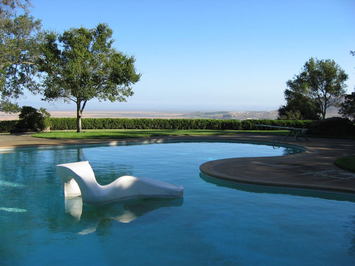 Five Modernist Landscape Architects Land8