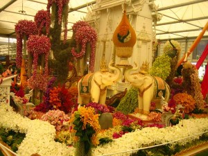 "Nong Nooch's display of orchids in their stand, entitled ""Thailand: The People, The Culture, The Religion"""