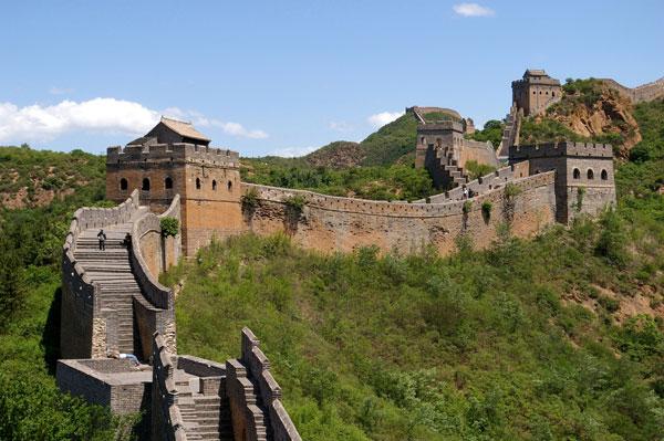 Great Wall Jinshanling by Jakub Hałun