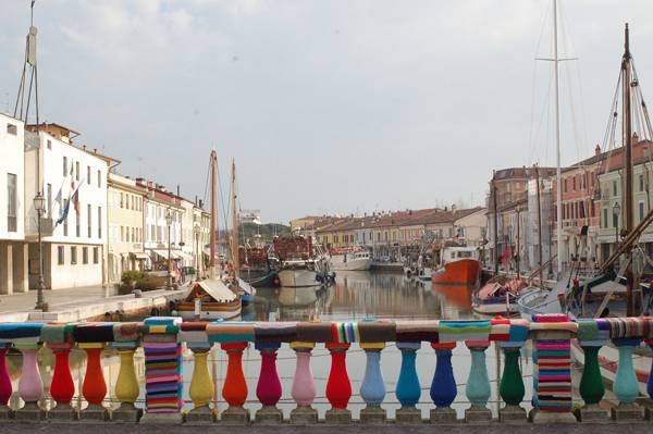 """Creative Commons Yarn Bombing on bridge of Cesenatico (Italy). By  Sleppa,  licensed under CC 3.0"