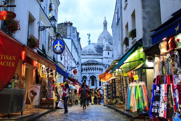 Paris; credit: Rrrainbow / shutterstock.com