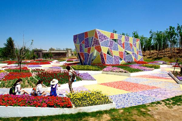 Jinzhou Museum and Mosaic Park in Jinzhou, China; image courtesy of Casanova + Hernandez Architecten