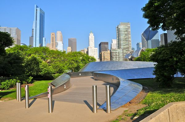 BP Pedestrian Bridge in millennium park, Chicago. The bridge spans Columbus Drive to connect Daley Bicentennial Plaza with Millennium Park, Designed by Frank Gehry; credit:  Richard Cavalleri / shutterstock.com