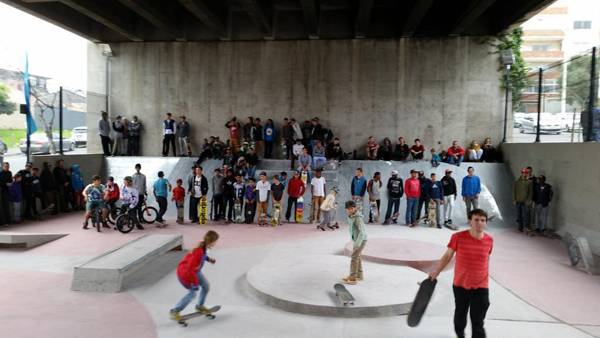 Opening day of PLAYscapes at Mill St Skatepark. Image via Building Trust International