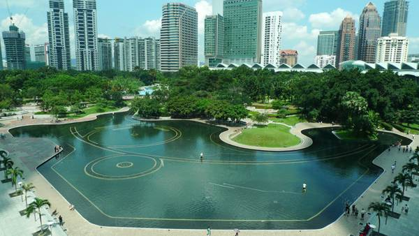The Picasso of landscape architecture, Roberto Burle Marx (1909-1994) designed the Central Park of the Kuala Lumpur City Centre (KLCC)shortly before he died. Photo credit: Dr. Francis Ng, source