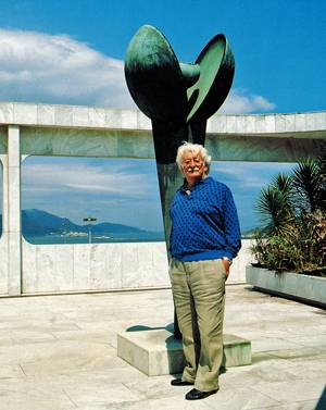Roberto Burle Marx. Image credit: Scanned from book by Amir Schlezinger