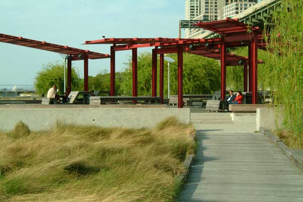 South Riverside Park. Credit: Thomas Balsley Associates