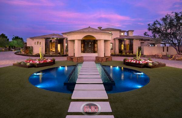 Photography by Michael Woodall. Credit: Red Rock Contractors & Red Rock Pools and Spas
