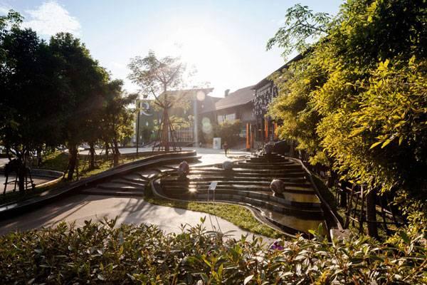 Landscape-Architecture - Mandela Park Overview. Credit: Copyright François Hendrickx