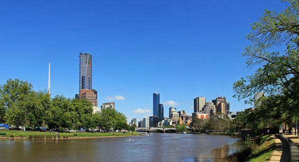 Landscape-Architecture - Yarra River & City Skyline Credit: By Donaldytong, CC 3.0
