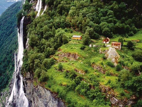 Landscape-Architecture - Knivsflå Geirangerfjord. Credit: 3RW Arkitekter