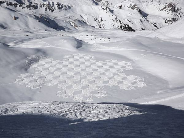 Credit: Simon Beck's Snow Art