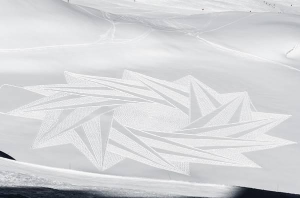 Credit: Simon Beck's Snow Art