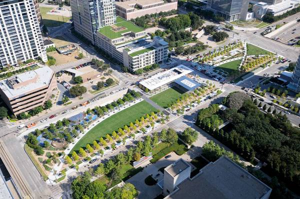 Ariel shot of Klyde Warren Park. Photo by AerialPhotography Inc.