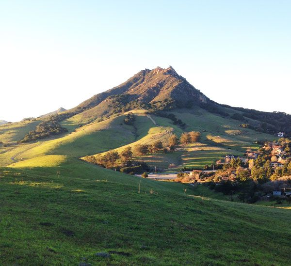 LA Bash 2015 - Bishop Peak in San Luis Obispo, California. Credit: Kate Cannon