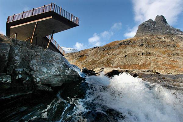Trollstigen National Tourist Route by Reiulf Ramstad Architects. Photo Credit: Iver_Otto_Gjelstenli