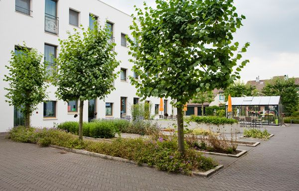 How zoetermeer vivaldi care home is merging with nature for Home design zoetermeer