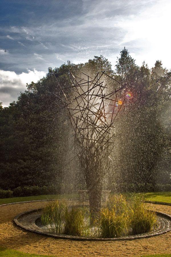 Fountain Twiggy Water sculpture night. Photo credit: Giles Rayner