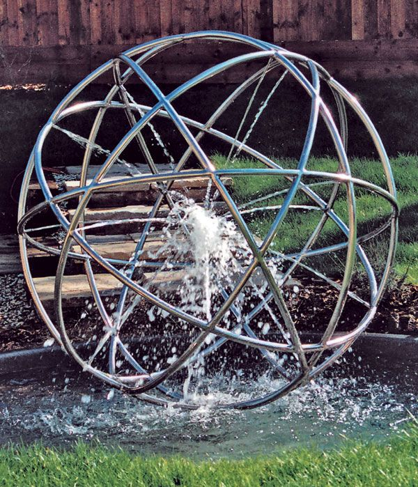 Implosion stainless steel water feature. Photo credit: GilesRayner