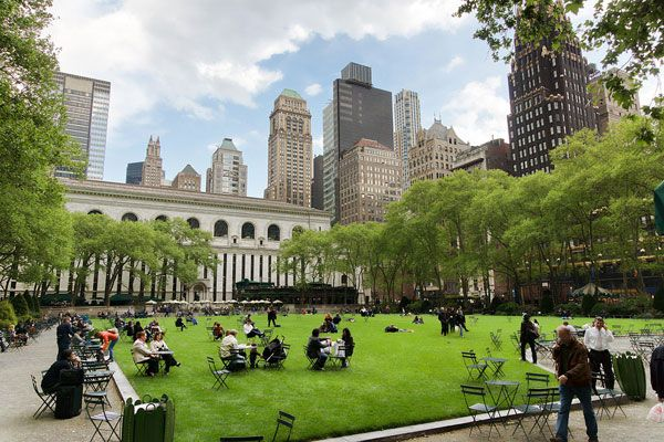 New York - Bryant Park.  Image credit: Jean-Christophe BENOIST. Licensed under CC-SA 3.0