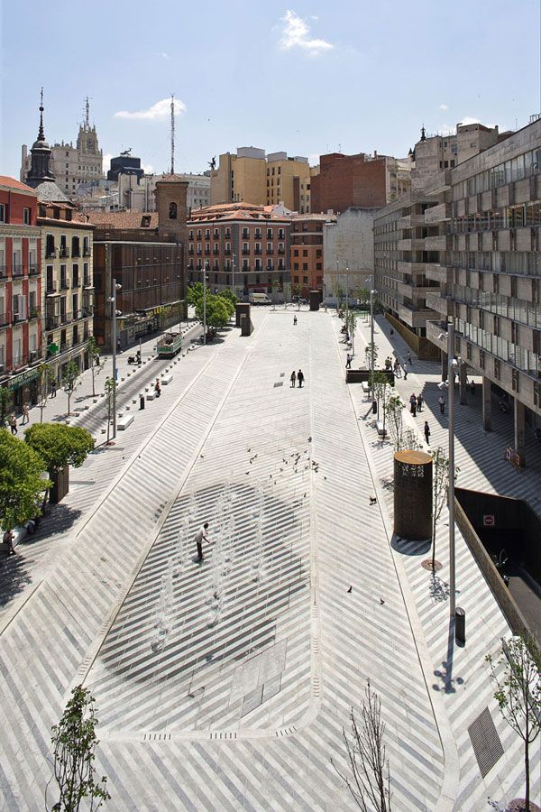 A landscape acting as an example in our article about designing crime our of landscape architecture. Plaza de la Luna by Brut Deluxe and Ben Busche Architects.