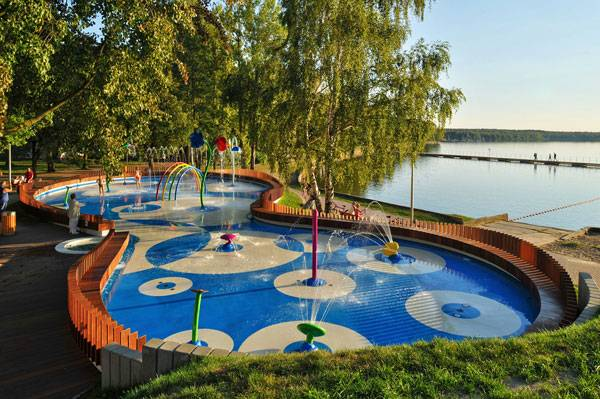 Water Playground, by RS+, in Tychy, Poland. Photo credit: Tomasz Zakrzewski