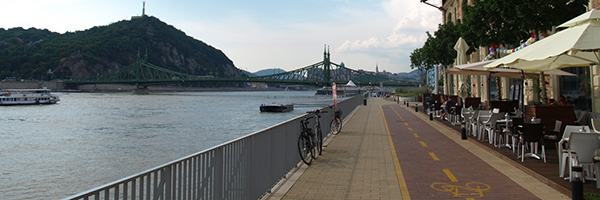 Bicycle path alond the Danube in Budapest Hungary, Photo Credit: Rob Koningen