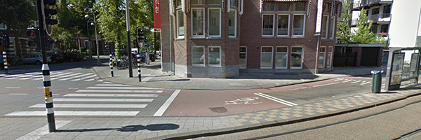 On the Koninginneweg in Amsterdam the bicycle has priority over cars, Photo Credit: Google