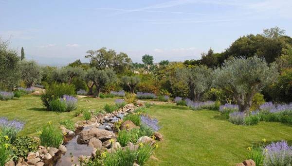 Mediterranean Park Countryside, by Atelier Nelumbo Paysage