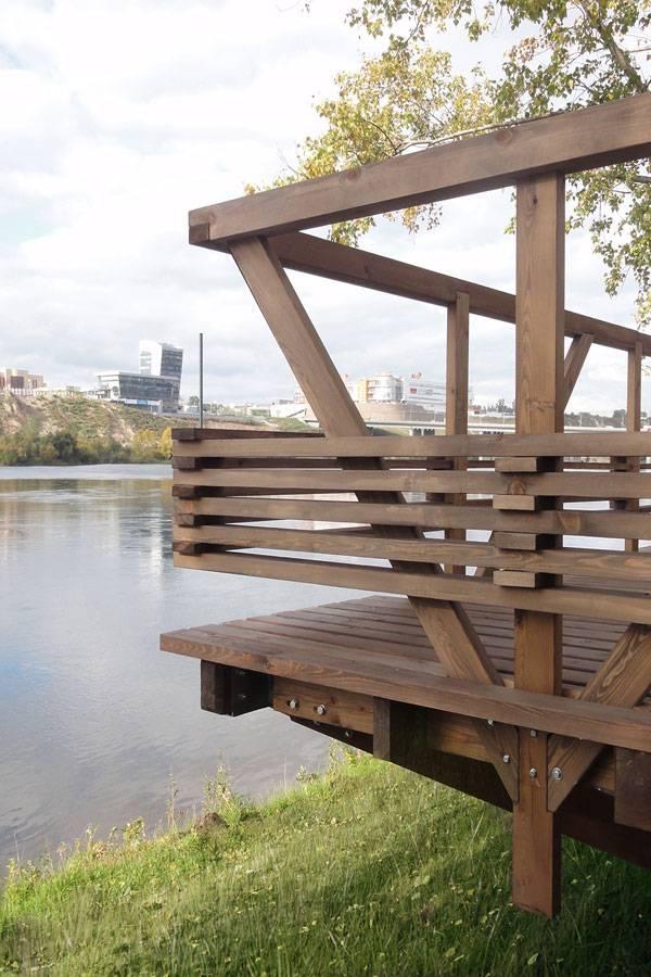 The Riverside Terrace
