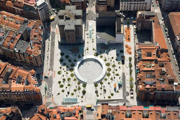 Indautxu Square. Photo Credit: Elker Azqueta