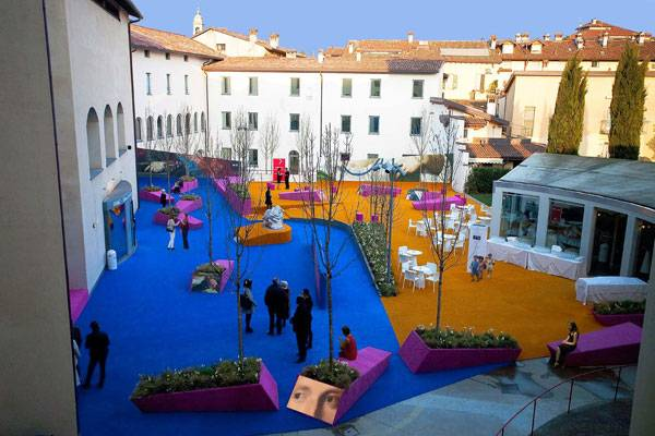 Palma de Vecchio Pop-up Square. Photo credit:  Leonardo Tagliabue