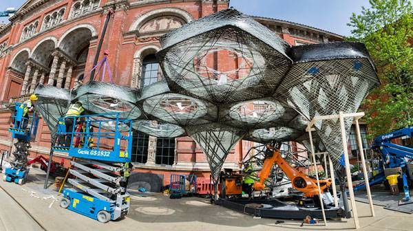 Elytra Filament Pavilion construction (c) Victoria and Albert Museum, London