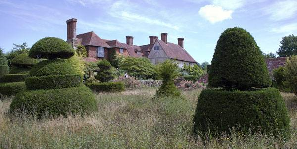 Great Dixter. CC0 Public Domain