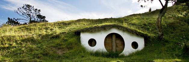 House Built Into Hill >> Hobbit House A Home Built Into The Side Of A Hill Lan