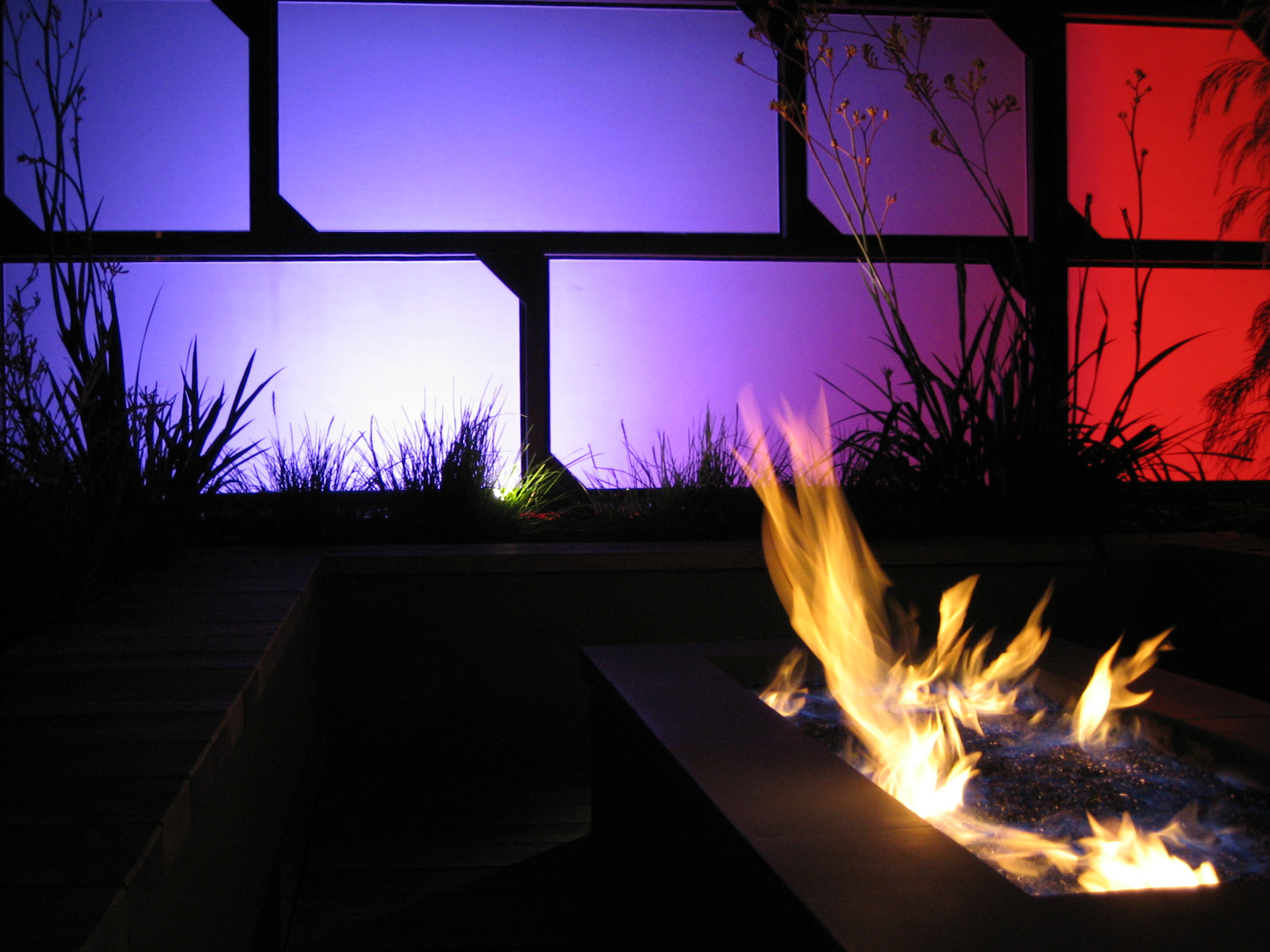 fire pit with lighting