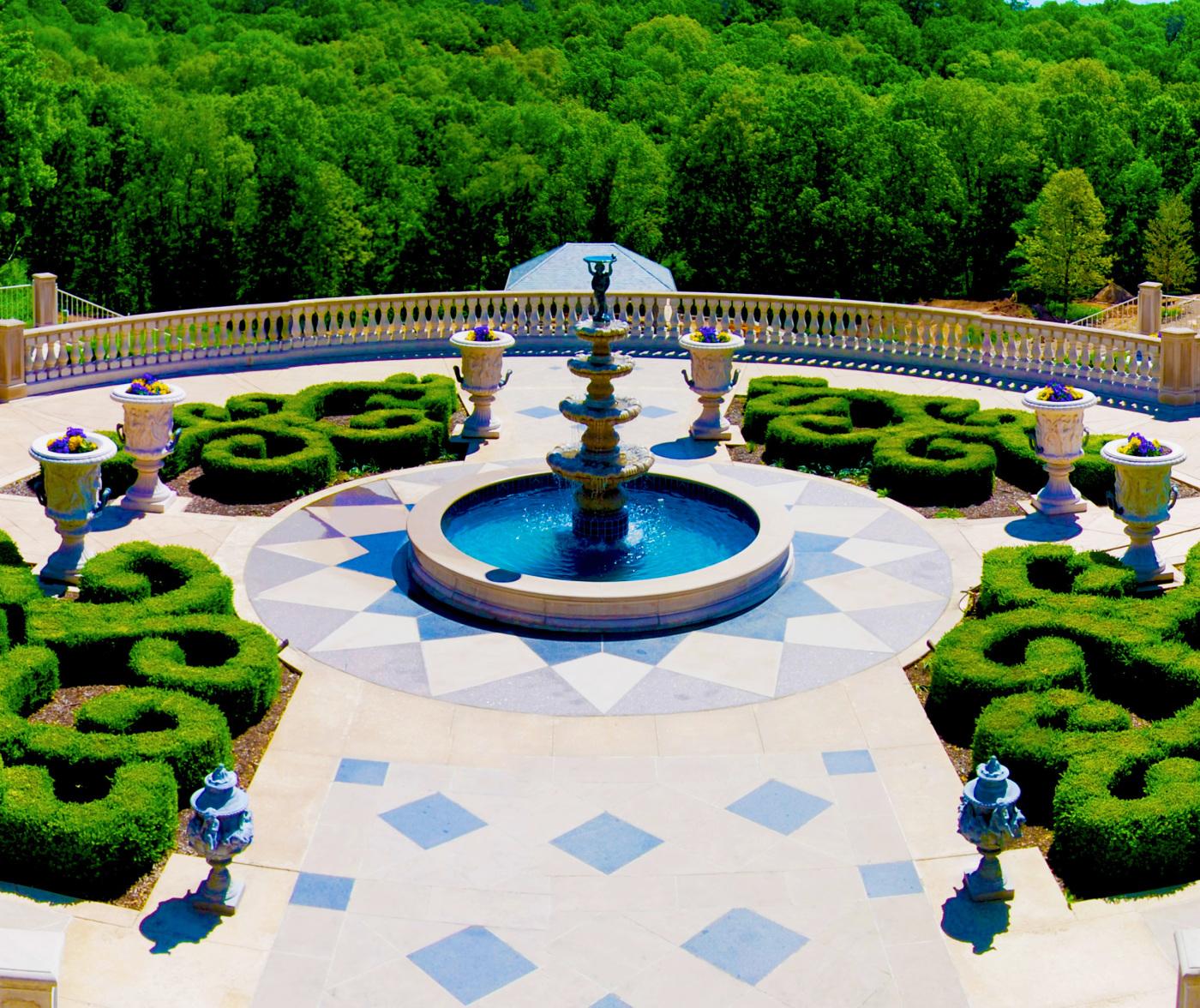 Bell Acres, PA Formal Garden