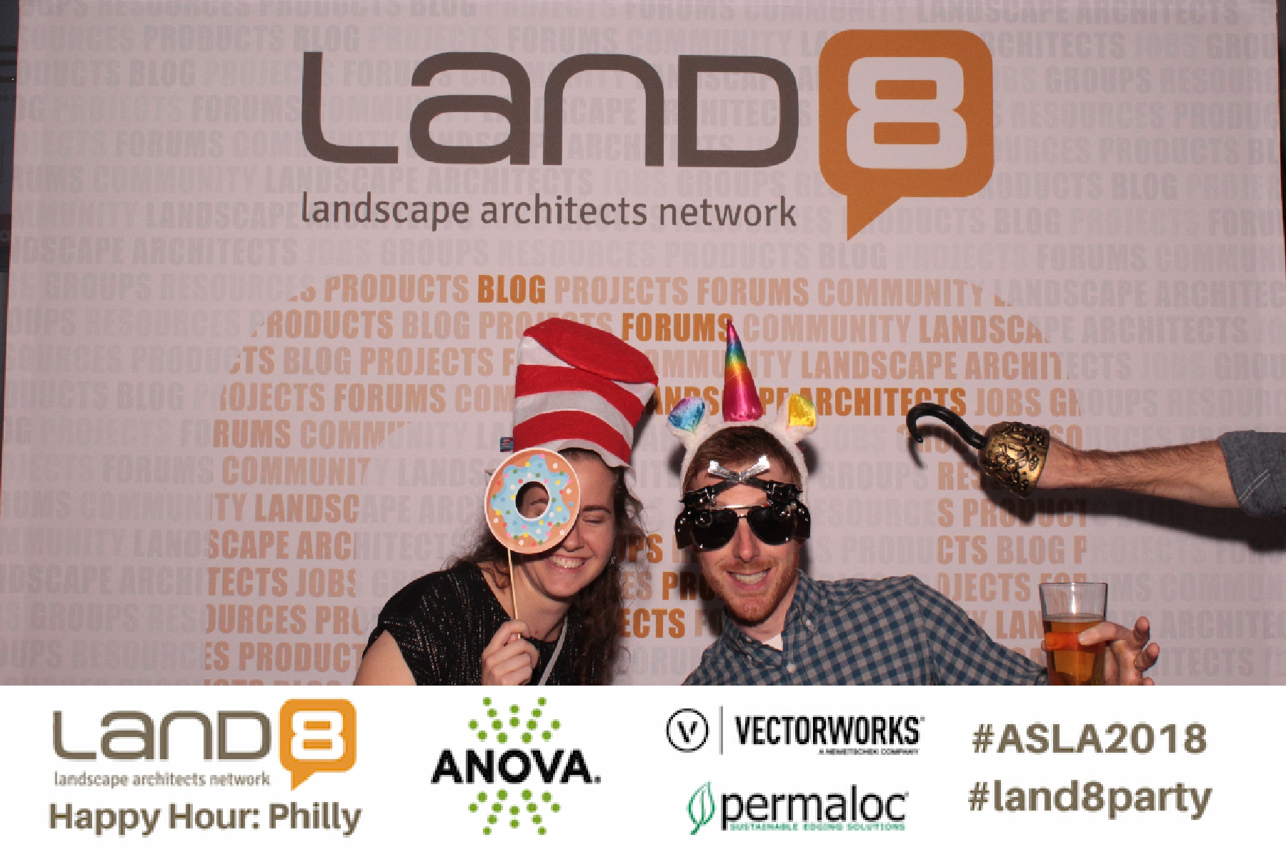 Land8 Happy Hour: Philly 2018 Photo Booth