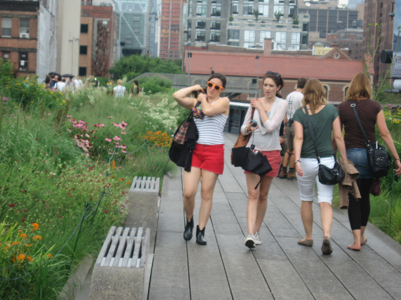 The High Line in New York City by Field Operations and Diller Scofidio + Renfro, image: Allyson Mendenhall